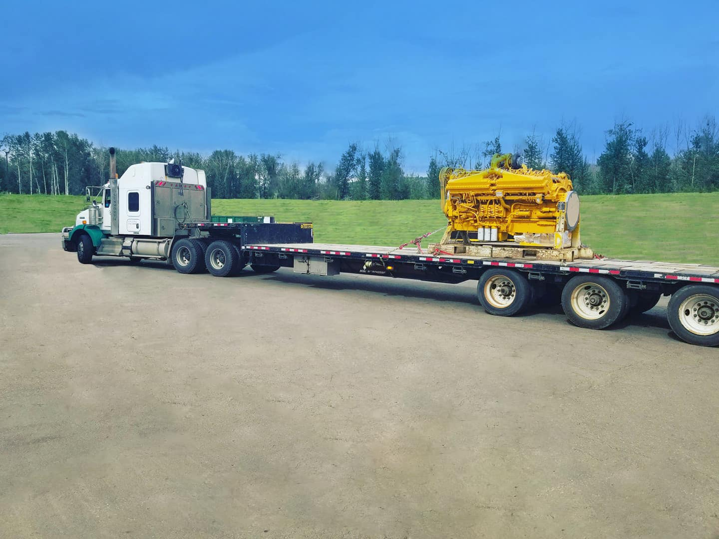 Transport Equipment - Hauling - 4 Seasons Transport & Towing