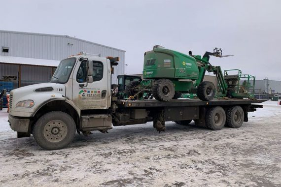 Haul equipment - 4 Seasons Transport & Towing