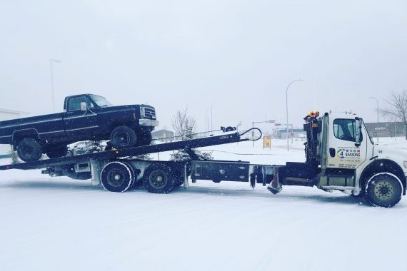 Towing cars - 4 Seasons Transport & Towing